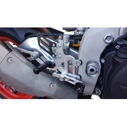 ADJUSTABLE REAR SETS 4-RACING RACE MODEL FOR APRILIA RSV4 RR 2017/2020 (standard shifting)