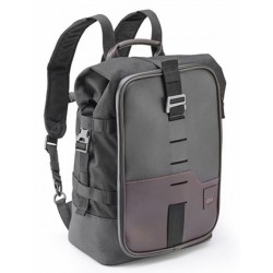 GIVI CRM101 BACKPACK CONVERTIBLE INTO A SEAT BAG CAPACITY 18 LITERS