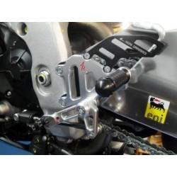 PEDANE ARRETRATE REGOLABILI 4 RACING MODELLO RACE PER APRILIA RSV4 R/FACTORY/APRC (cambio elettronico di serie)