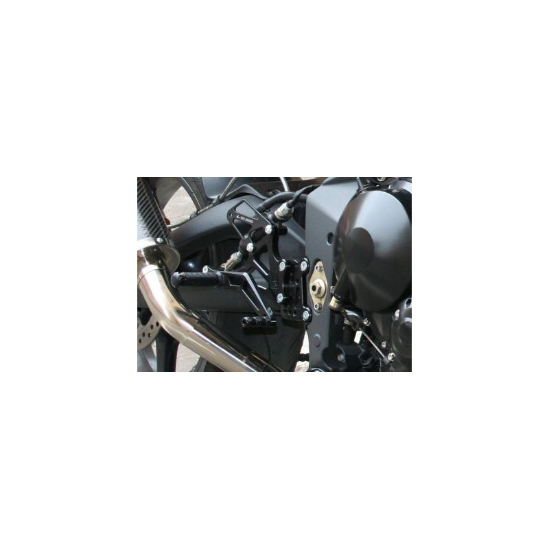 PEDANE ARRETRATE REGOLABILI 4 RACING PER TRIUMPH DAYTONA 675 2006/2010 (comando cambio ROVESCIATO)