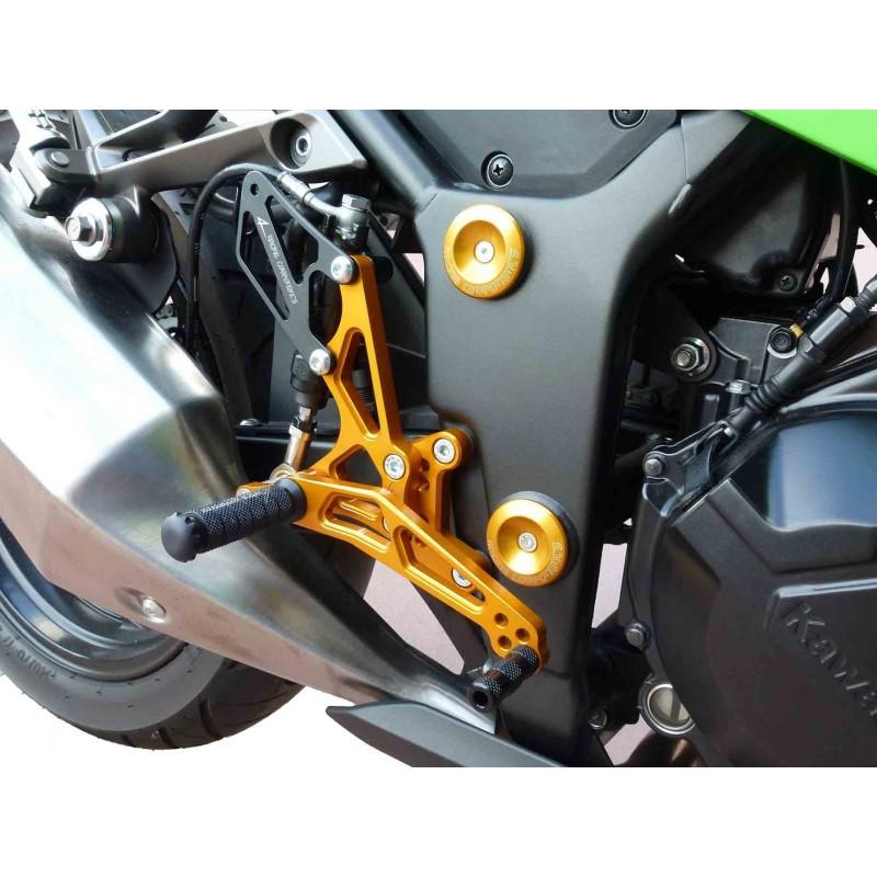QOHFLD Per Kawasaki Ninja ZX6R ZX636 ZX 636 2003 2004 Pedane poggiapiedi per moto in alluminio CNC Pedane poggiapiedi per moto Pedane regolabili Pedane regolabili